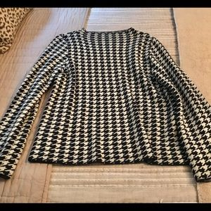 Ann Taylor Houndstooth Sweater size Medium